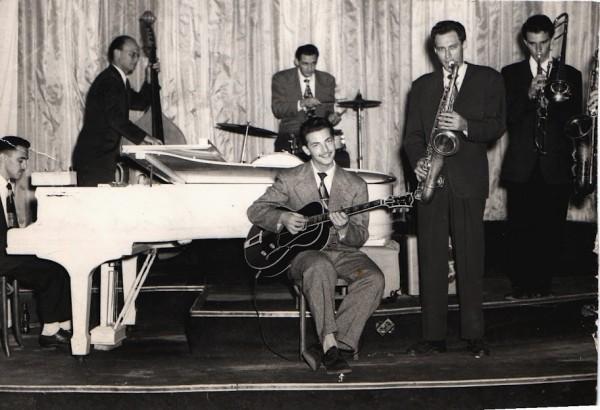 Ronnie Singer
